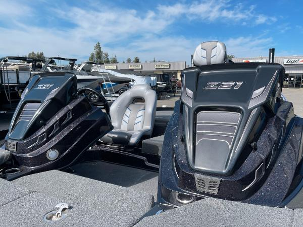 2021 Nitro boat for sale, model of the boat is Z21 Pro & Image # 8 of 20