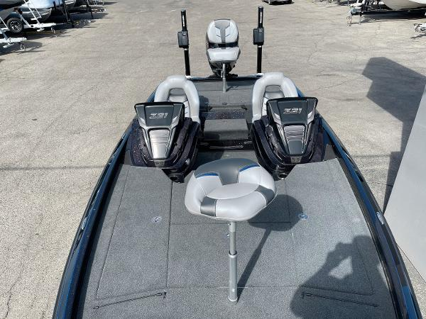 2021 Nitro boat for sale, model of the boat is Z21 Pro & Image # 15 of 20
