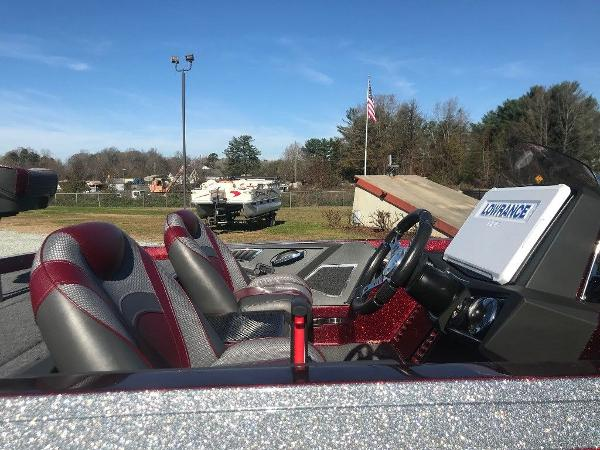 2020 Ranger Boats boat for sale, model of the boat is Z520L & Image # 14 of 18