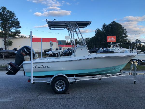 2021 Pioneer boat for sale, model of the boat is 180 Islander & Image # 4 of 25