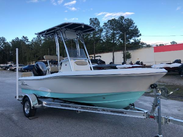 2021 Pioneer boat for sale, model of the boat is 180 Islander & Image # 5 of 25