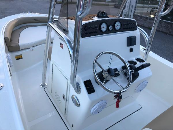 2021 Pioneer boat for sale, model of the boat is 180 Islander & Image # 16 of 25