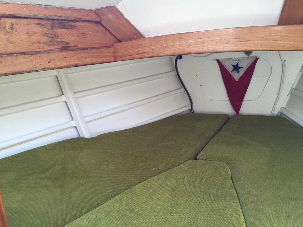 Nerissa 36 - Forward cabin