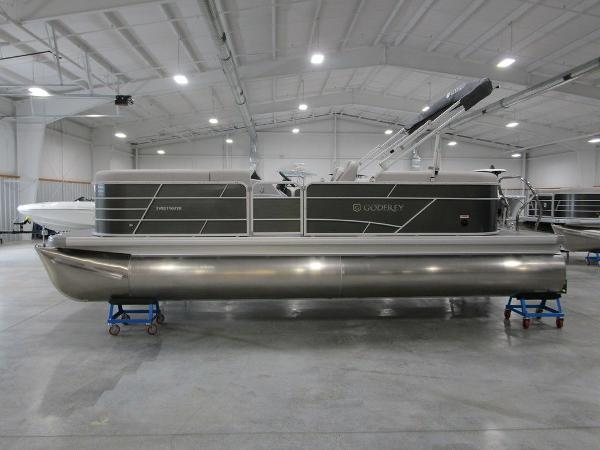 2021 Godfrey Pontoon boat for sale, model of the boat is SW 2286 SBX Sport Tube 27 in. & Image # 1 of 38