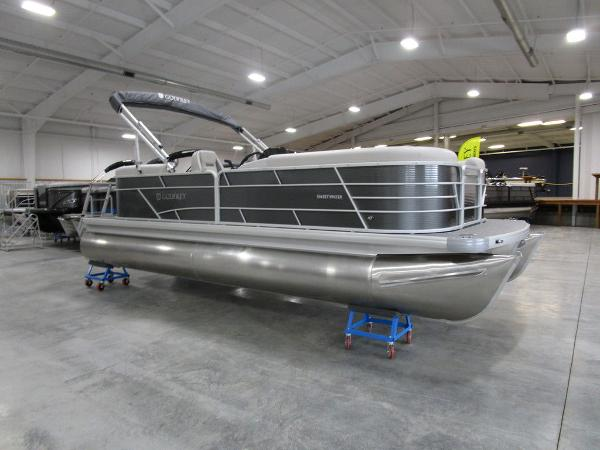 2021 Godfrey Pontoon boat for sale, model of the boat is SW 2286 SBX Sport Tube 27 in. & Image # 18 of 38