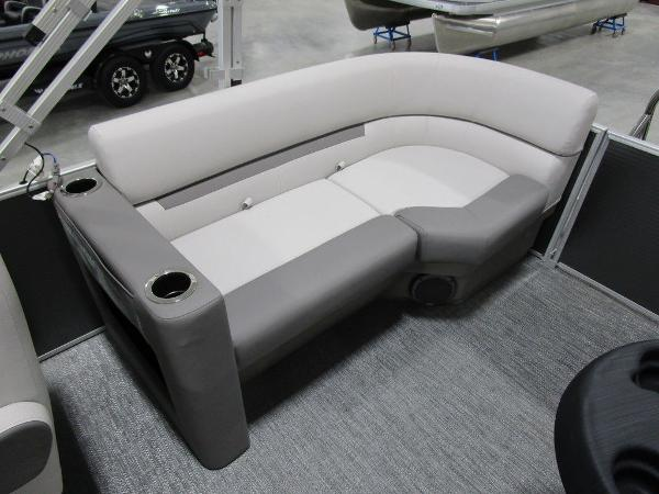 2021 Godfrey Pontoon boat for sale, model of the boat is SW 2286 SBX Sport Tube 27 in. & Image # 32 of 38