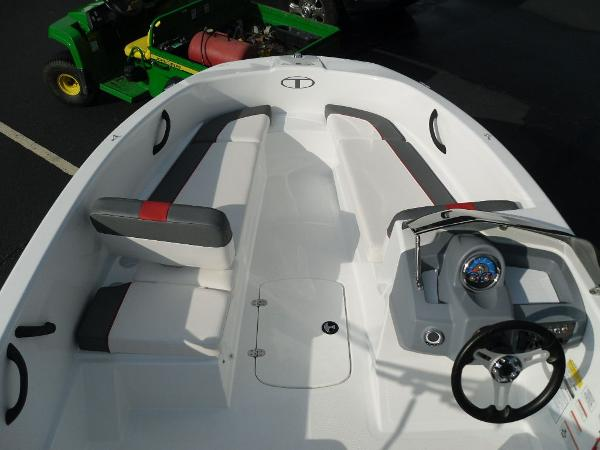 2020 Tahoe boat for sale, model of the boat is T16 & Image # 12 of 25