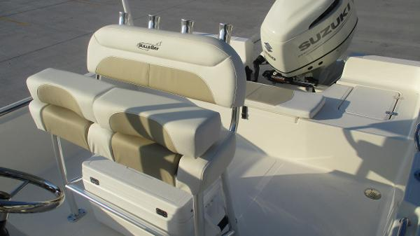 2021 Bulls Bay boat for sale, model of the boat is 2400 & Image # 12 of 54