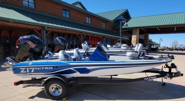 2021 Nitro boat for sale, model of the boat is Z17 & Image # 1 of 4