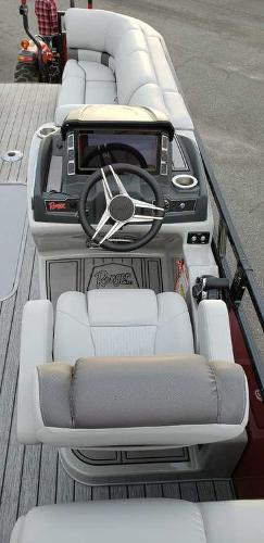 2020 Ranger Boats boat for sale, model of the boat is 2300LS & Image # 2 of 26