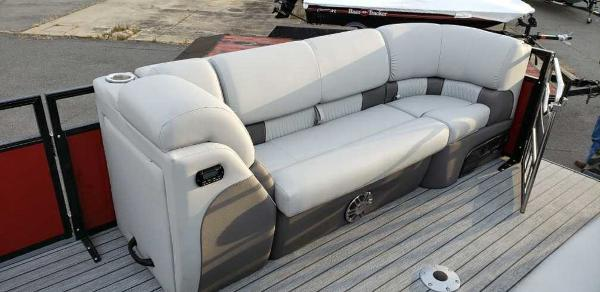 2020 Ranger Boats boat for sale, model of the boat is 2300LS & Image # 3 of 26