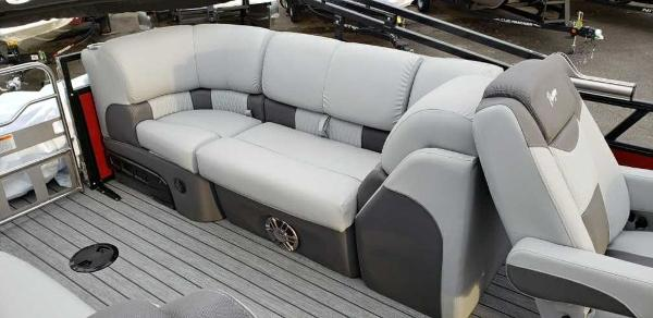 2020 Ranger Boats boat for sale, model of the boat is 2300LS & Image # 7 of 26