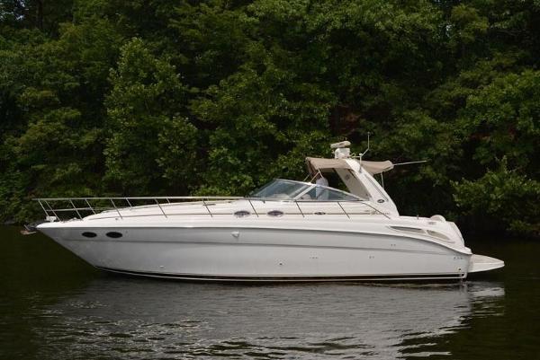 1999 Sea Ray 380 Sundancer thumbnail