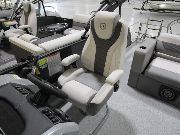 2021 Godfrey Pontoon boat for sale, model of the boat is Monaco 235 DFL iMPACT  29 in. Center Tube & Image # 22 of 40