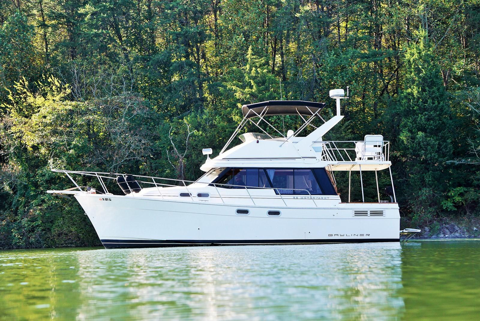 1992 Bayliner 3288 Motoryacht