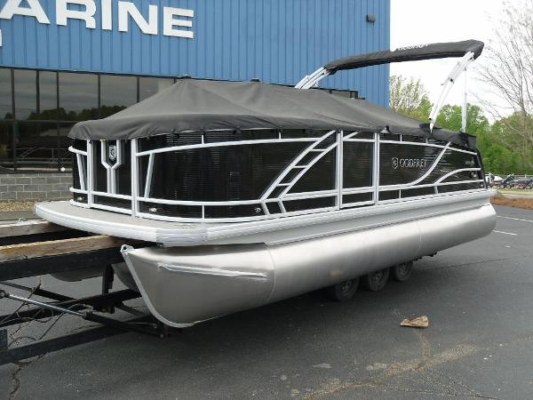 2021 Godfrey Pontoon boat for sale, model of the boat is Monaco 215 C GTP 27 in. & Image # 27 of 37