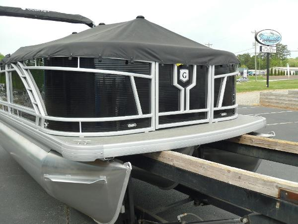 2021 Godfrey Pontoon boat for sale, model of the boat is Monaco 215 C GTP 27 in. & Image # 34 of 37