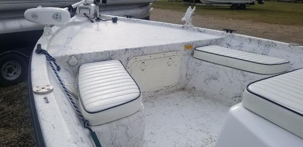 2003 Kenner boat for sale, model of the boat is 18 Vision Tunnel & Image # 6 of 7