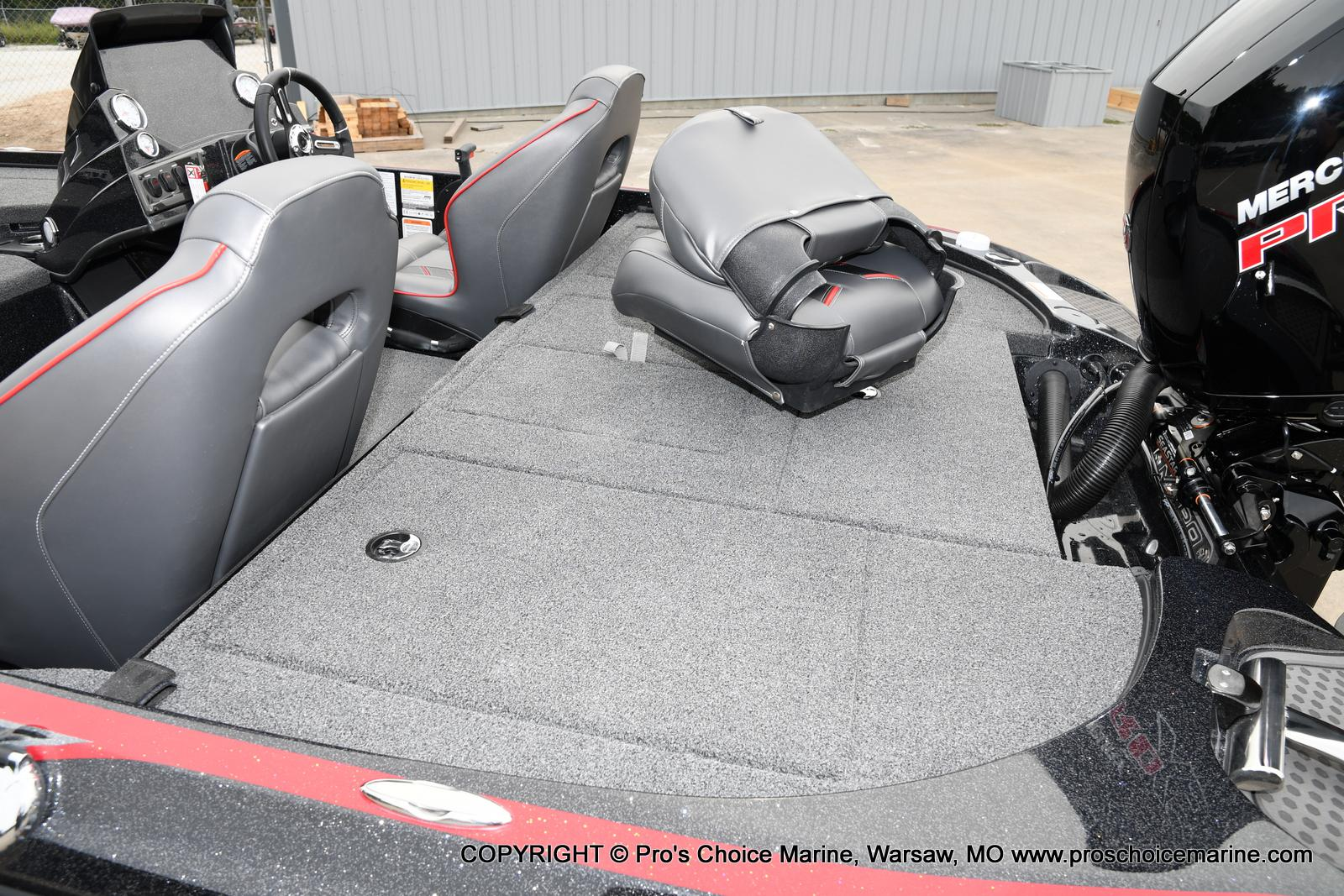 2021 Nitro boat for sale, model of the boat is Z18 & Image # 27 of 50