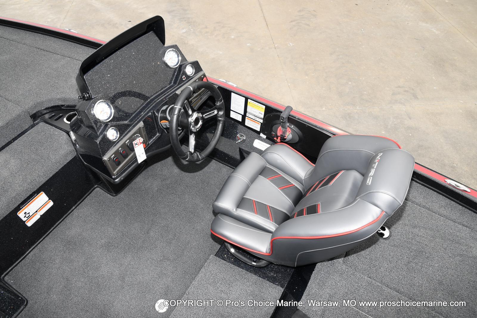 2021 Nitro boat for sale, model of the boat is Z18 & Image # 7 of 50