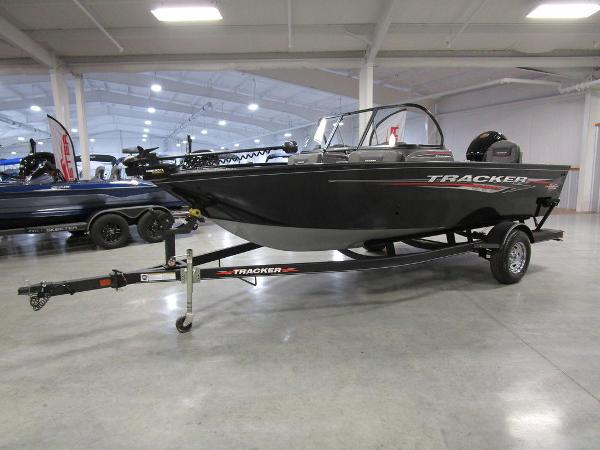 2021 Tracker Boats boat for sale, model of the boat is Pro Guide™ V-175 Combo & Image # 2 of 43