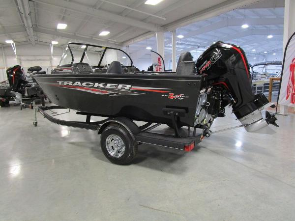 2021 Tracker Boats boat for sale, model of the boat is Pro Guide™ V-175 Combo & Image # 3 of 43