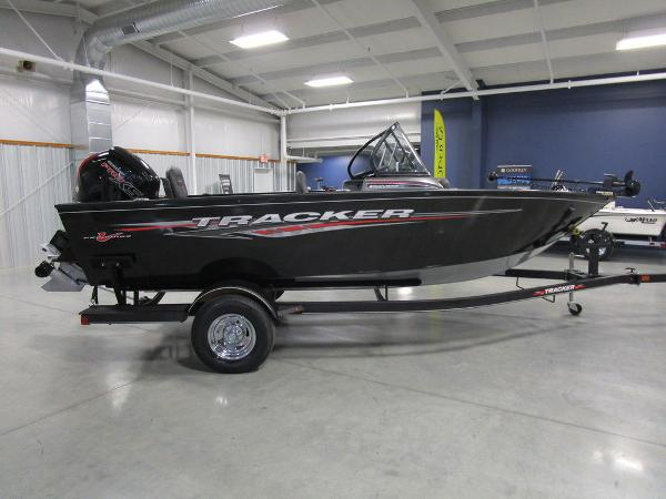 2021 Tracker Boats boat for sale, model of the boat is Pro Guide™ V-175 Combo & Image # 6 of 43