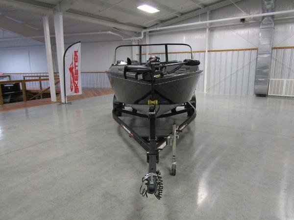 2021 Tracker Boats boat for sale, model of the boat is Pro Guide™ V-175 Combo & Image # 12 of 43