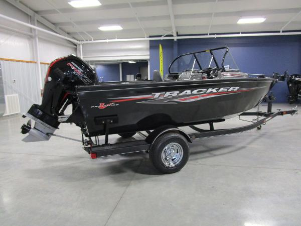2021 Tracker Boats boat for sale, model of the boat is Pro Guide™ V-175 Combo & Image # 18 of 43