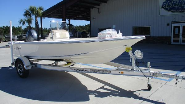 2021 Bulls Bay boat for sale, model of the boat is 1700 & Image # 1 of 31