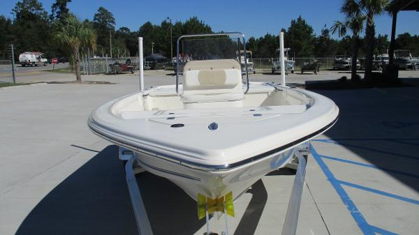 2021 Bulls Bay boat for sale, model of the boat is 1700 & Image # 7 of 31
