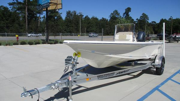 2021 Bulls Bay boat for sale, model of the boat is 1700 & Image # 2 of 31