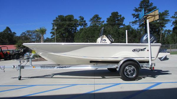 2021 Bulls Bay boat for sale, model of the boat is 1700 & Image # 4 of 31