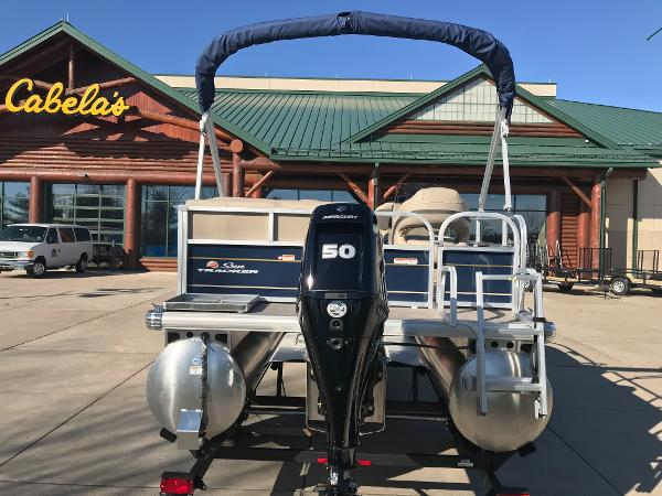 2021 Sun Tracker boat for sale, model of the boat is BASS BUGGY 16 XL SELECT & Image # 5 of 45