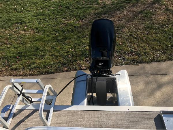2021 Sun Tracker boat for sale, model of the boat is BASS BUGGY 16 XL SELECT & Image # 30 of 45