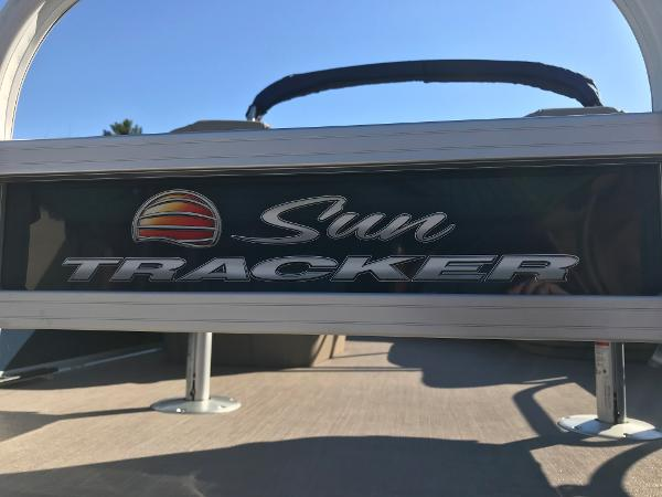 2021 Sun Tracker boat for sale, model of the boat is BASS BUGGY 16 XL SELECT & Image # 31 of 45