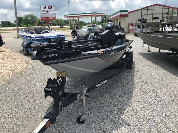 2019 Tracker Boats boat for sale, model of the boat is Pro Team 190 & Image # 2 of 11