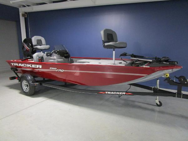 2021 Tracker Boats boat for sale, model of the boat is Pro 170 & Image # 7 of 30