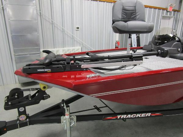 2021 Tracker Boats boat for sale, model of the boat is Pro 170 & Image # 12 of 30