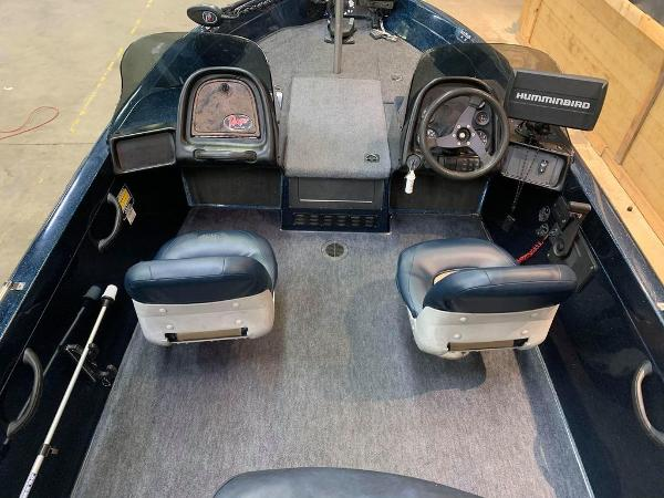 1999 Ranger Boats boat for sale, model of the boat is 617 DC & Image # 2 of 14