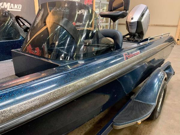 1999 Ranger Boats boat for sale, model of the boat is 617 DC & Image # 5 of 14