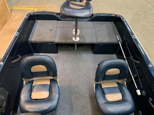 1999 Ranger Boats boat for sale, model of the boat is 617 DC & Image # 9 of 14