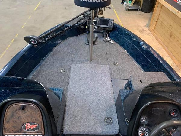 1999 Ranger Boats boat for sale, model of the boat is 617 DC & Image # 11 of 14