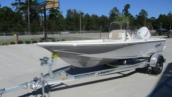 2021 Bulls Bay boat for sale, model of the boat is 1700 & Image # 2 of 33