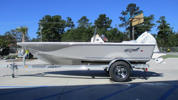 2021 Bulls Bay boat for sale, model of the boat is 1700 & Image # 4 of 33
