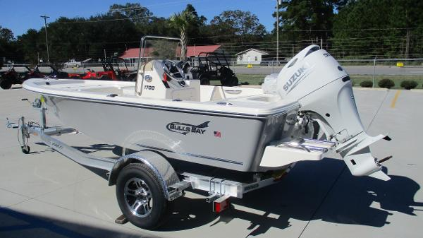 2021 Bulls Bay boat for sale, model of the boat is 1700 & Image # 6 of 33