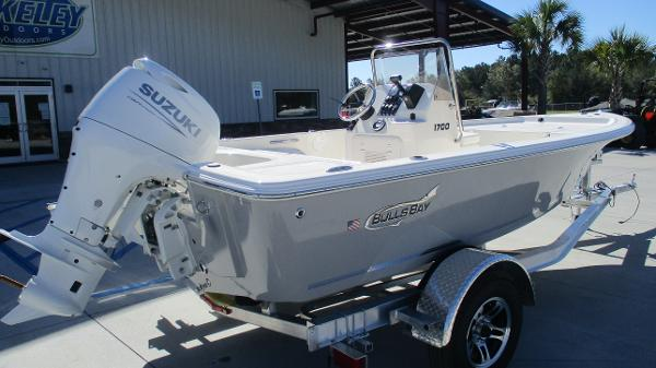 2021 Bulls Bay boat for sale, model of the boat is 1700 & Image # 5 of 33