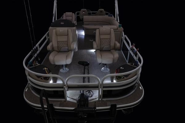 2021 Ranger Boats boat for sale, model of the boat is 223F & Image # 2 of 25