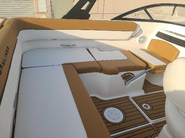 2021 Bayliner boat for sale, model of the boat is VR5 Bowrider I/O & Image # 5 of 19