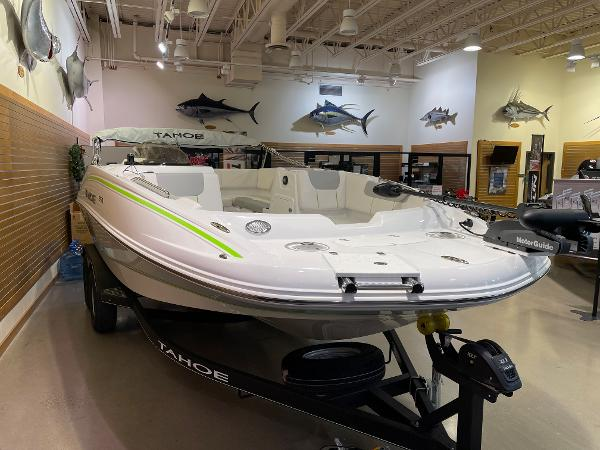 2021 Tahoe boat for sale, model of the boat is 1950 & Image # 39 of 76